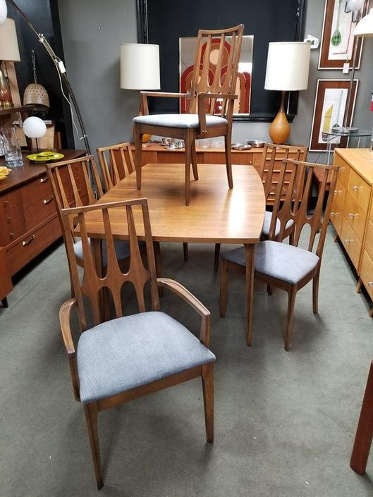 Set of six Mid-Century Modern walnut dining chairs from the Brasilia collection by Broyhill