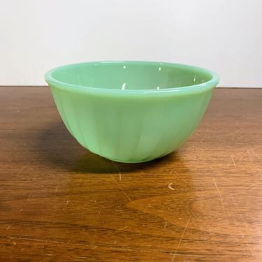 "Vintage Anchor Hocking Fire King Jadeite Swirl Bowl 6"" by OverTheYearsFinds"