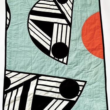 DAY & NIGHT REVERSIBLE QUILT