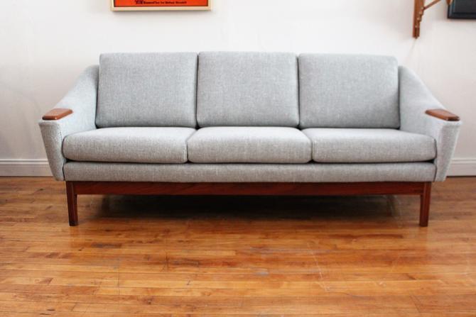 Danish Papa Bear Style Sofa