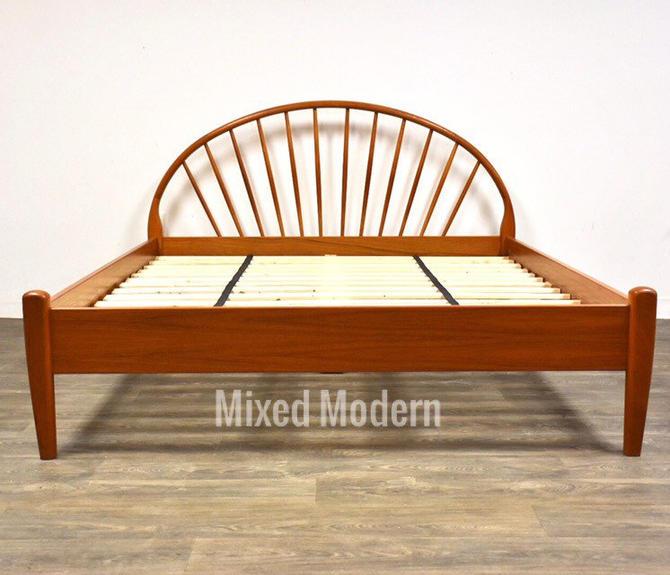 Danish ModernTeak Queen Bed by Jespersen by mixedmodern1
