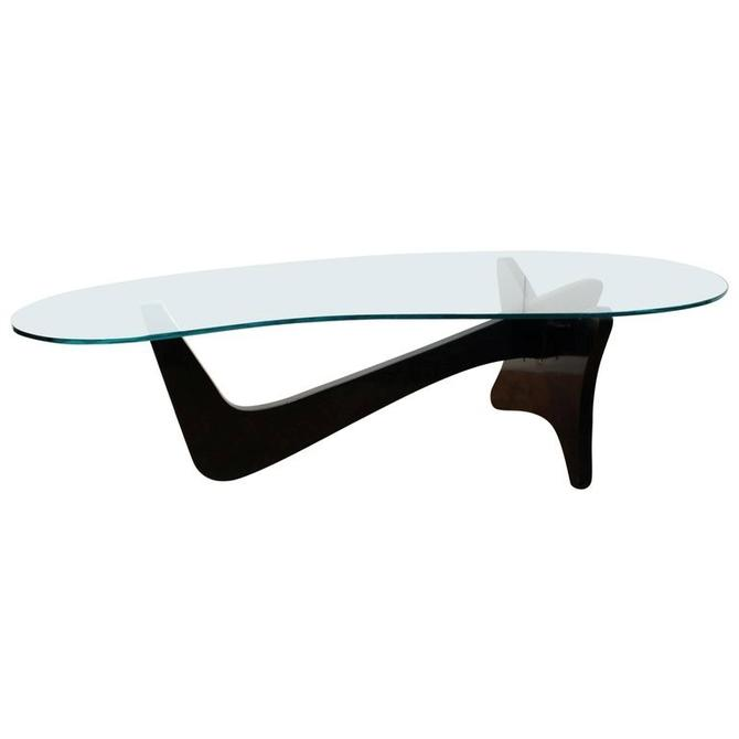 Mid-Century Modern 'Airplane' Coffee Table In Noguchi Style
