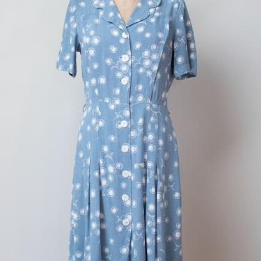 1940s Daisy Print Dress / 40s Day Dress by FemaleHysteria