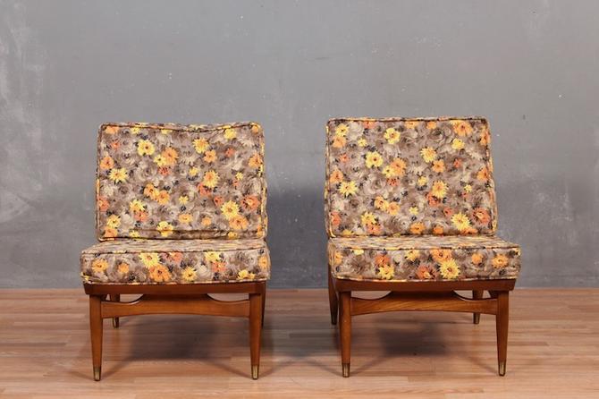 Mid Century Walnut & Daisies Lounge Chair