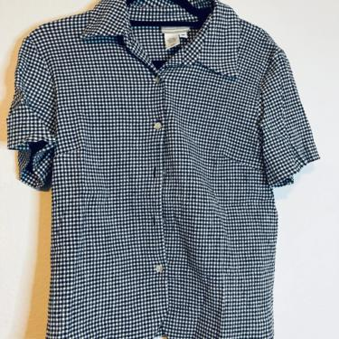 1) Black and white gingham short sleeve button down by GRACEandCATS