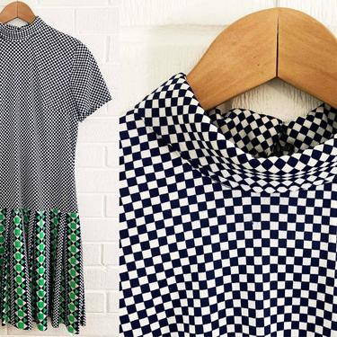 True Vintage Drop Waist Dress 60s Mod Checked Pleated Scooter Twiggy Short Sleeve Blue White Green Geometric Mockneck Large XL Volup Plus by CheckEngineVintage