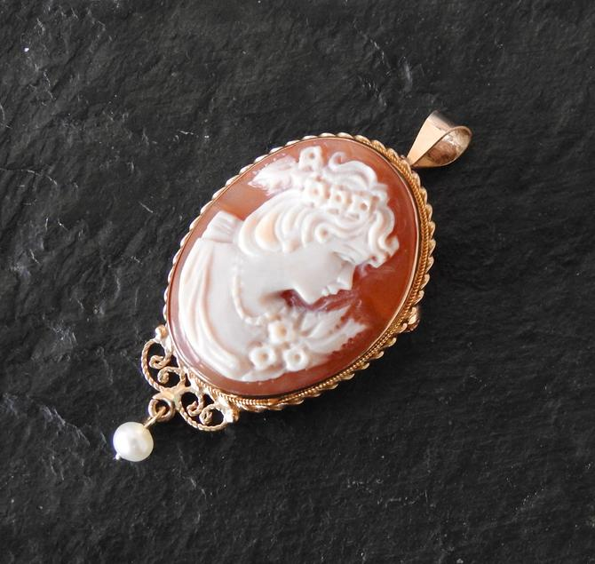 14 K Carved Stone Cameo Pendant/ Brooch with Pearl by LegendaryBeast