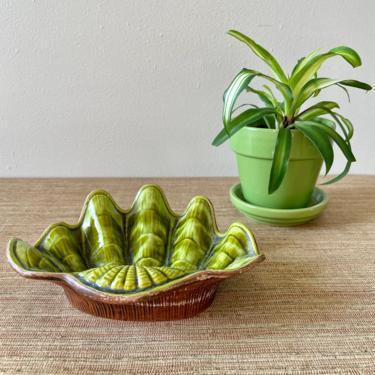 Vintage Shell Dish - Treasure Craft Candy Dish No. 6 - Made in the USA - Green Shell Dish - Soap Dish by SoulfulVintage