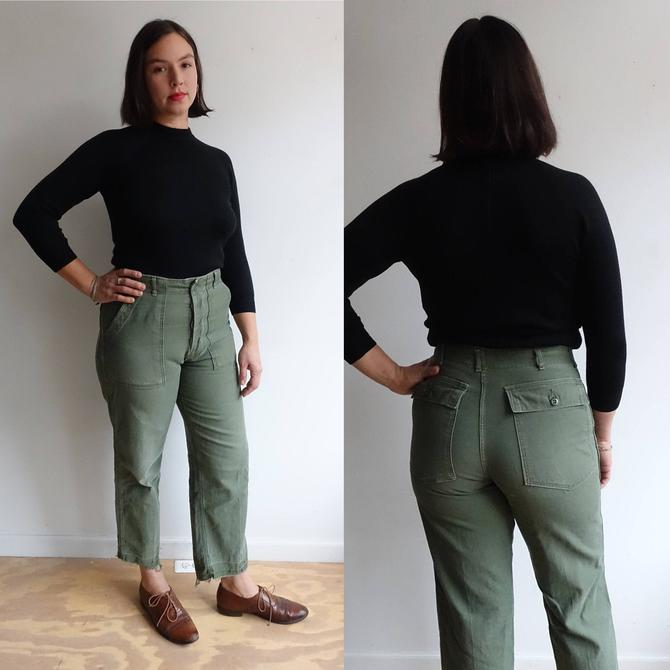 Vintage Green Type 1 Army Utility Trousers/ US Military Pants/ Vietnam/ Button Fly/ OG 107 Sateen/ Size 33 28 by bottleofbread