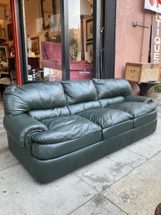 Something Sexy   Contemporary Style Forest Green Leather Sofa
