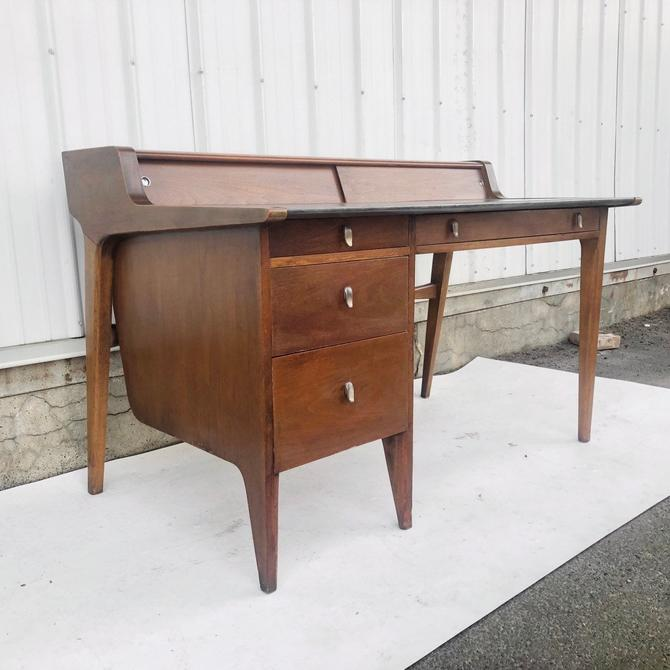 Mid-Century Desk by John Van Koert for Drexel by secondhandstory