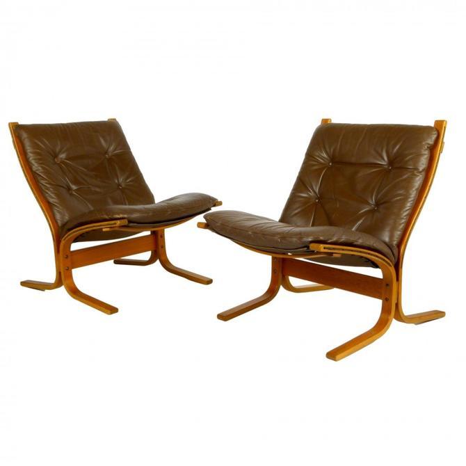 """Pair of Westnofa """"Siesta"""" Chairs"""
