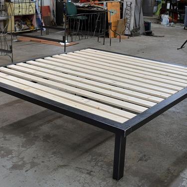 Kraftig Platform ONLY by deliafurniture