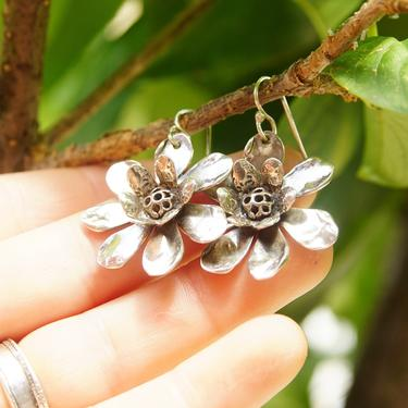 """Vintage Signed Sherry Tinsman Sterling Silver Flower Earrings, Silver Daisy Dangle Earrings, Oxidized Details, 925 Jewelry, 1 5/8"""" L by shopGoodsVintage"""
