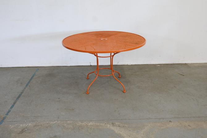 Mid Century Danish Modern Woodard Atomic Orange Sculptura Round Outdoor Iron Dining Table by AnnexMarketplace