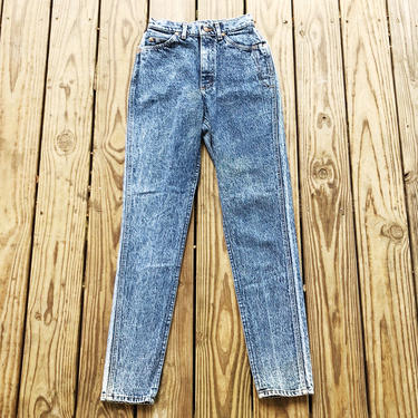 Vintage 80s 90s Lee Riders High Waisted Stonewashed Tapered Leg Denim Jeans S 25 by VernasVintageShop