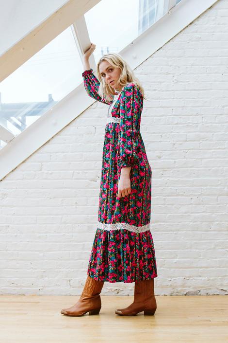 Vintage 1960s Bold Floral Print Prairie Granny Maxi Dress by LavenderJosephine