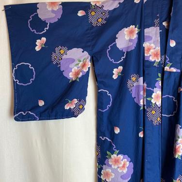 Japanese Kimono~100% cotton cherry blossom floral print~ vintage cheongsam ~ summer robe/ jacket long & beautiful size Medium by HattiesVintagePDX
