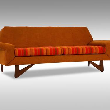 Custom Mid Century Modern Loveseat by Flexsteel, Circa Early 1960s - *Please request a shipping quote before you buy. by CoolCatVintagePA
