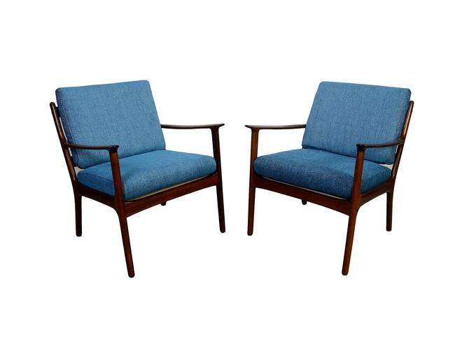 Rosewood Ole Wanscher Lounge Chairs, Model PJ112, PJ Mobler Pair of Rosewood Lounge Chairs by HearthsideHome