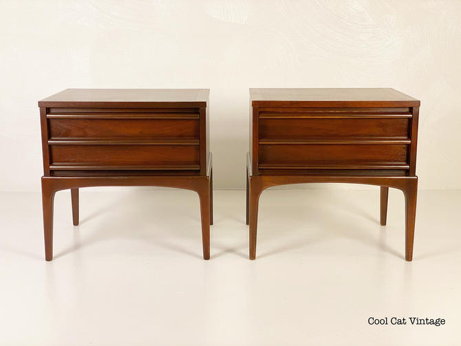 Lane Rhythm Nightstands in Walnut, Circa 1967 - *Please see notes on shipping before you purchase. by CoolCatVintagePA
