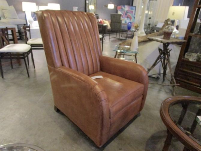 BRAND NEW HANCOCK AND MOORE LEATHER CLUB CHAIR