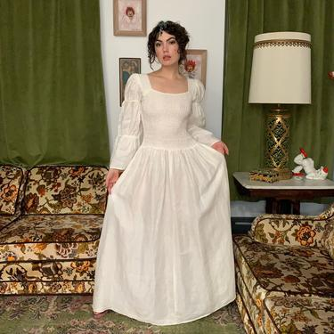 VTG ROMANIC DRESS - theater costumer - linen - renaissance - small/medium/large by GlamItToHell