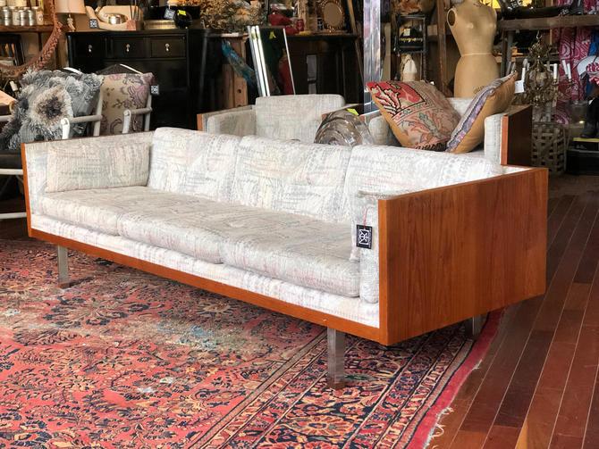 Mid Century Modern Danish Teak Cased, Chicago Mid Century Modern Furniture
