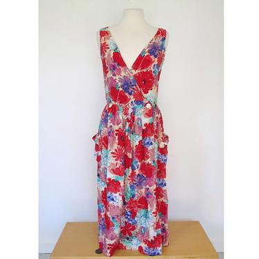 1980s floral button front 1980s v neck pinafore dress by flutterandecho