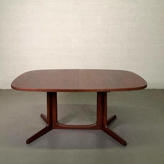 Danish Modern Teak Extension Dining Table By Niels O. Moller, Gudme Mobilfabrik