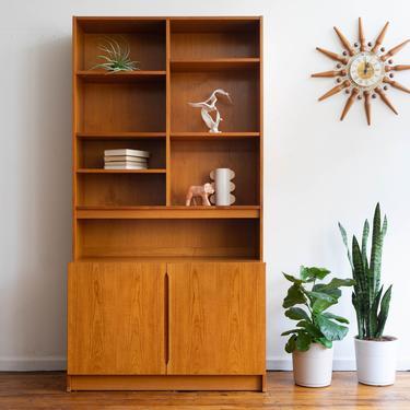 Vintage MCM Danish Modern Two Piece Teak Shelving Unit / Bookcase / Cabinet by blinkmodern