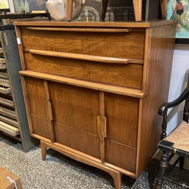 """SOLD. Mid century chest of drawers. Made by J.B. Van Sciver Co. 39.5"""" x 19.5"""" x 44"""""""