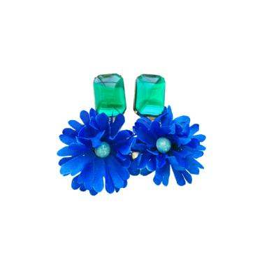 The Pink Reef emerald glass with blue oversized floral