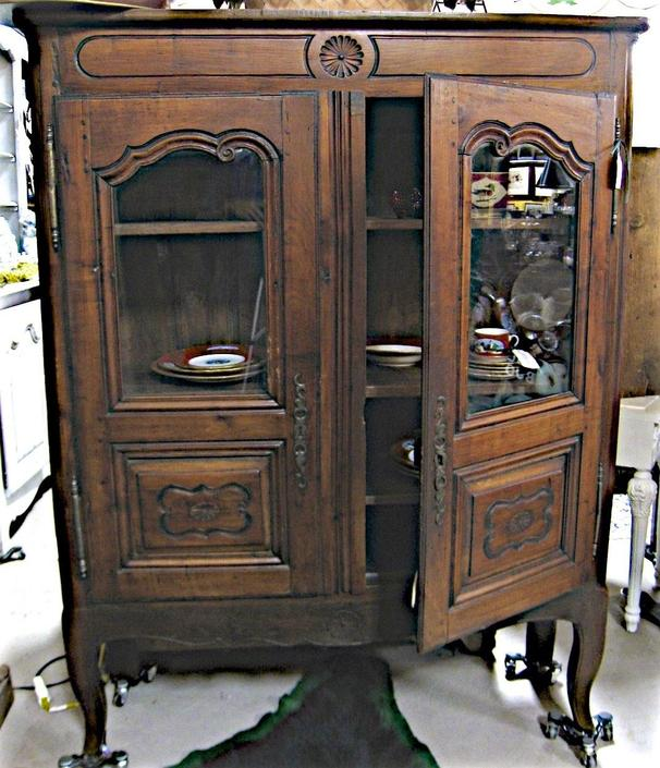 Antique French Provincial Country China Display Cabinet Vitrine Linen Press