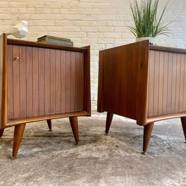 FUNKY Mid Century Modern WALNUT NIGHTSTANDS / end tables by CIRCA60