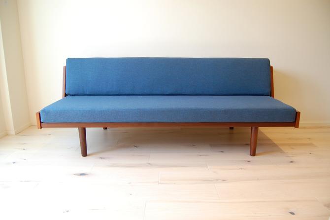 Danish Modern Hans Wegner Teak Daybed Model #9 by Getama made in Denmark by MidCentury55