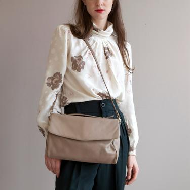 minimalist taupe leather bag with handle by EELT