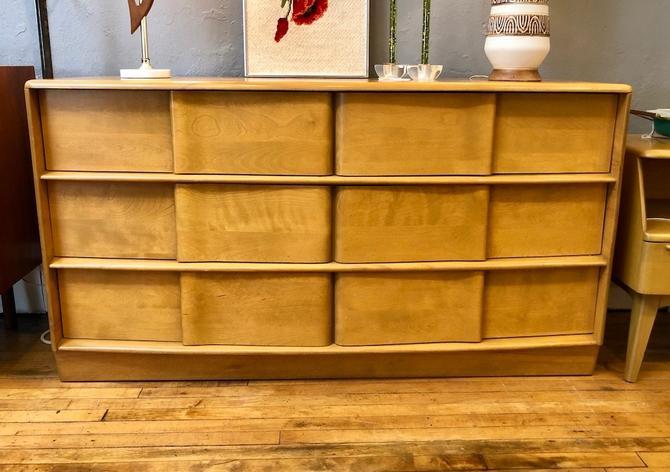 Heywood Wakefield 'Sculptura' 6 Drawer Dresser in Wheat