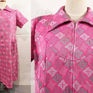 True Vintage Pink Shift Dress Lane Bryant 1960s 60s 70s Short Sleeve Gray White Scooter Geometric Ikat Pattern XXL XL Plus Curvy Volup by CheckEngineVintage