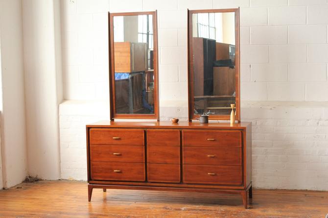 """Kent Coffey """"Simplex"""" Triple Dresser with Dual Mirrors by NijiFurnishing"""