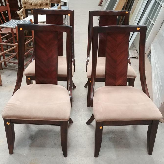 Set of Four Boulevard Collection Legacy Classic Furniture Chairs