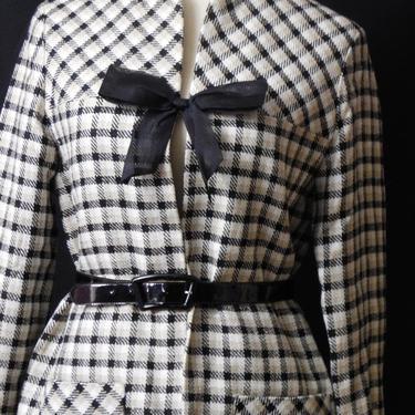 50s Checkered Plaid  Ink Black Beige White Jacket Blazer Women's Medium by GraveyardVintage