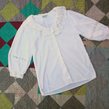 80s 90s Austrian Cotton Poet Blouse with Eyelet Lace Collar Size M by NoSurrenderVintage