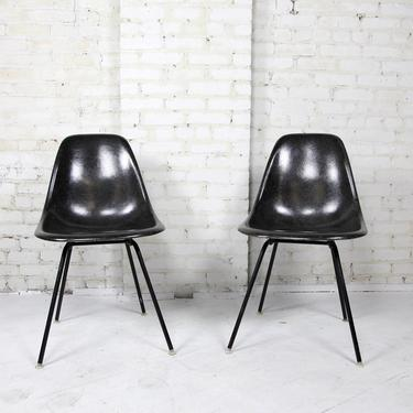 Pair of vintage mcm Eames for Herman Miller black fiberglass shell chairs   Free delivery in NYC and Hudson by OmasaProjects