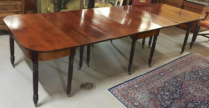 Antique 3-Part Federal/Sheraton Mahogany Dining/Banquet Table c1820s—Magnificent