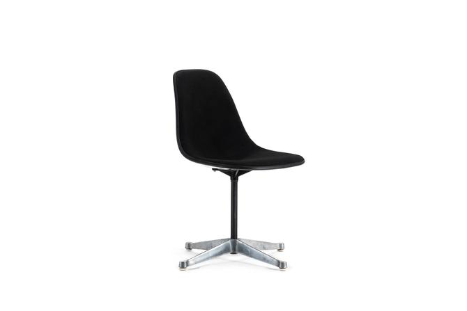 Early Herman Miller Swivel Side / Desk Chair in Original Black Wool Blend by ABTModern