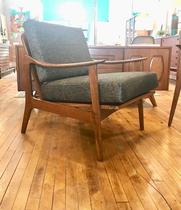 Mid Mod 1960's Lounge Chair-new upholstery