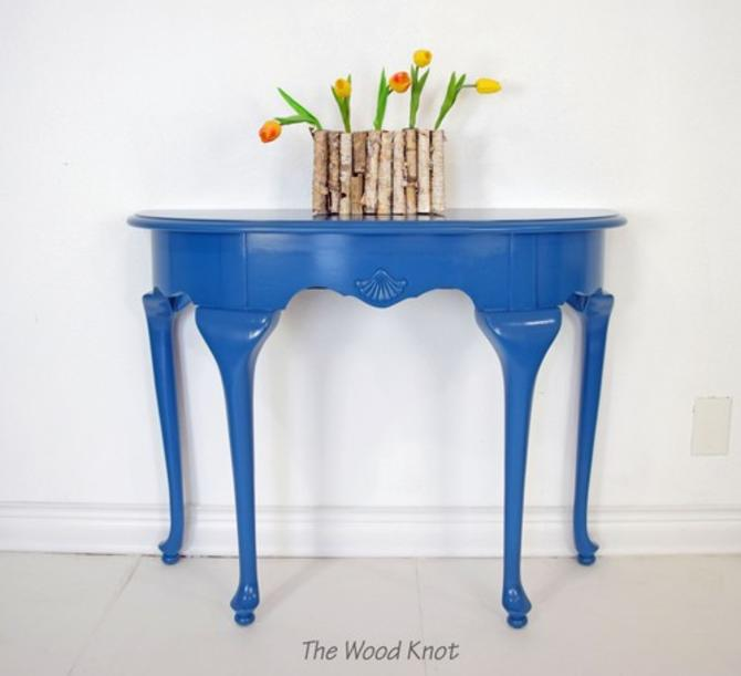Queen Anne Half-moon Shape Blue Entryway Table
