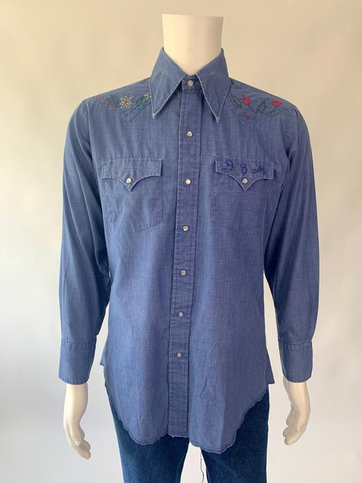 70's Chambray Pearl Snap w/ Floral Embroidered