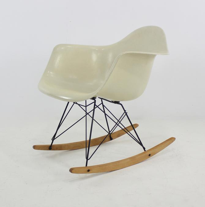RAR Molded Fiberglass Rocking Chair by Ray and Charles Eames for Herman Miller